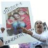 Demonstratos Demand Justice