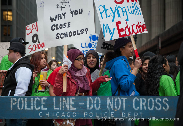 Chicago students against school closing and the misuse of standardized testing. Photo/James Fassinger, stillscenes.com