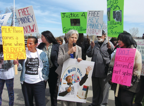 Jill Stein, Green Party presidential candidate in 2012, speaking at rally to Free Pinkney outside Berrien County Courthouse. PHOTO/SANDY REID, PEOPLE'S TRIBUNE